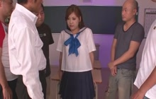Naughty schoolgirl Yura Kasumi